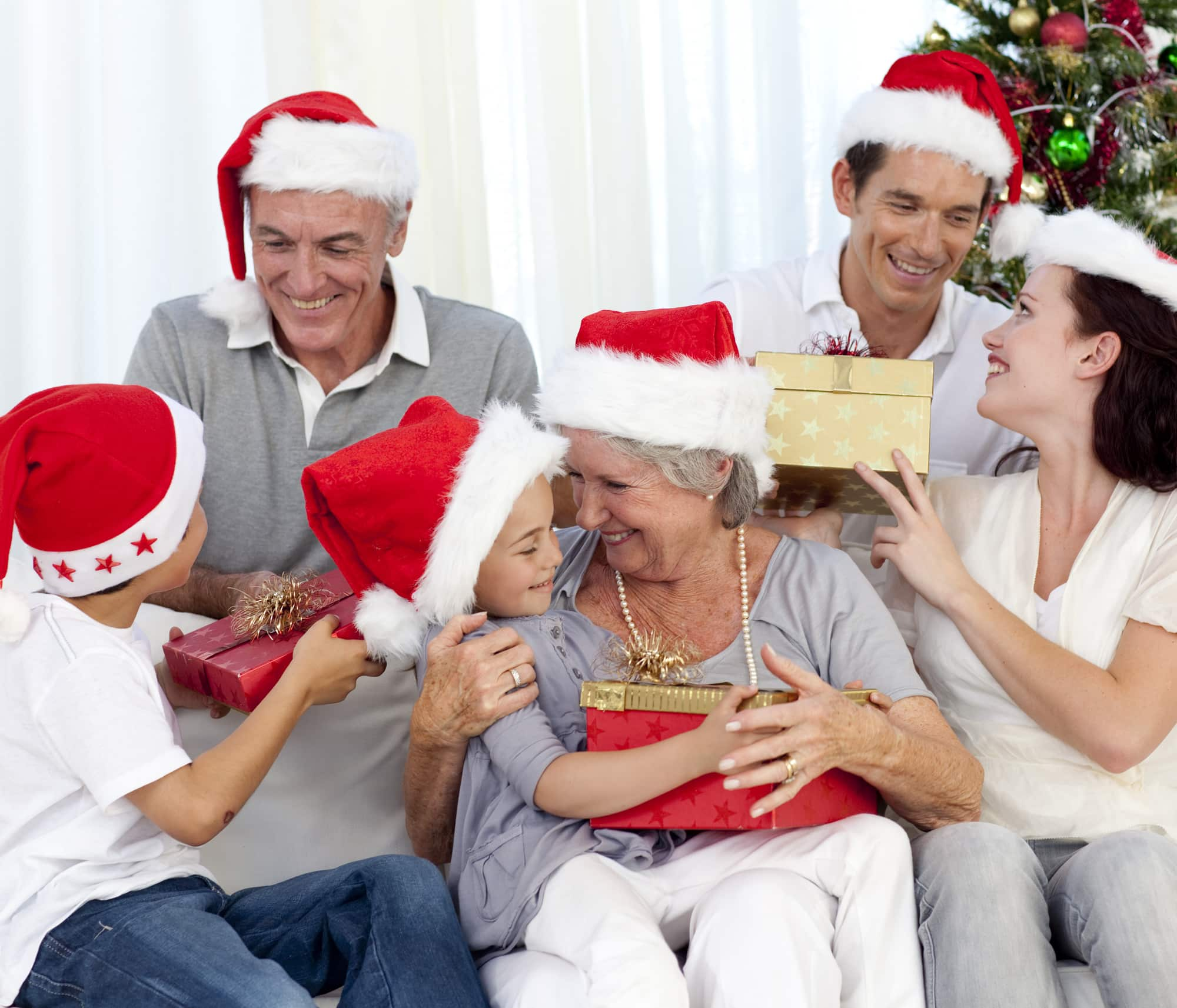 family-christmas-featured image